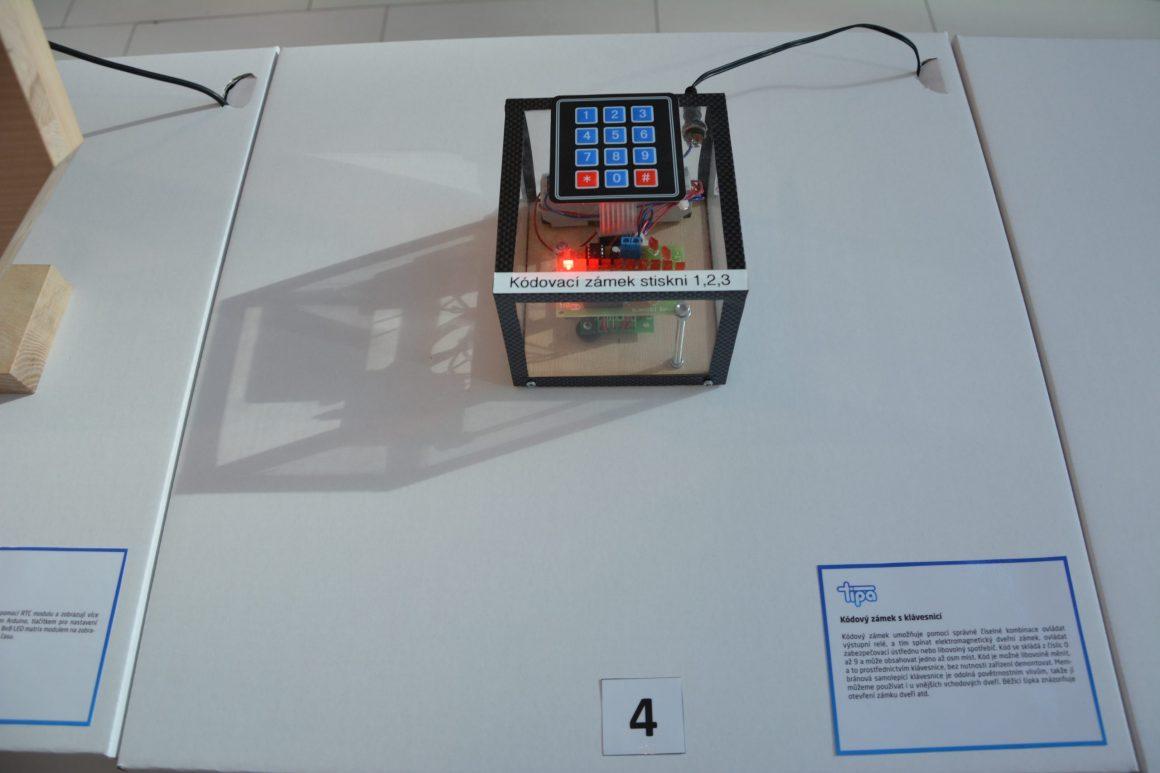 Kódový zámek s klávesnicí